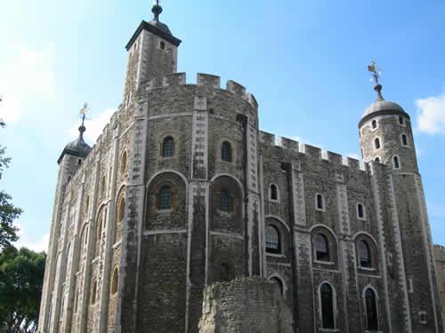 千年历史的古堡——伦敦塔