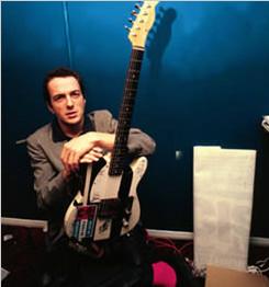The Clash 乐队灵魂人物 Joe Strummer 乔·史楚默