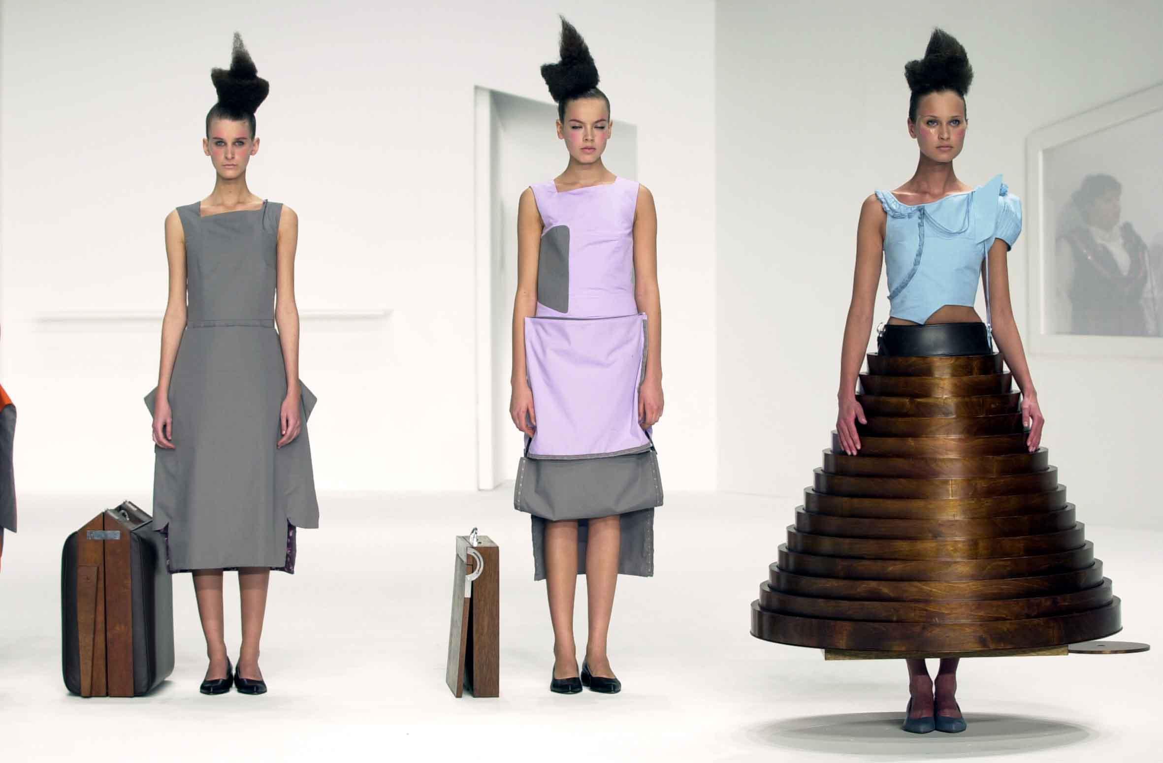 时装设计师:Hussein Chalayan 胡塞因·查拉雅