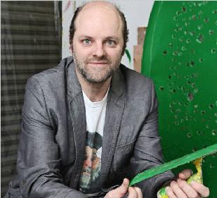 雕刻家和观念艺术家:Gavin Turk 加文·特克