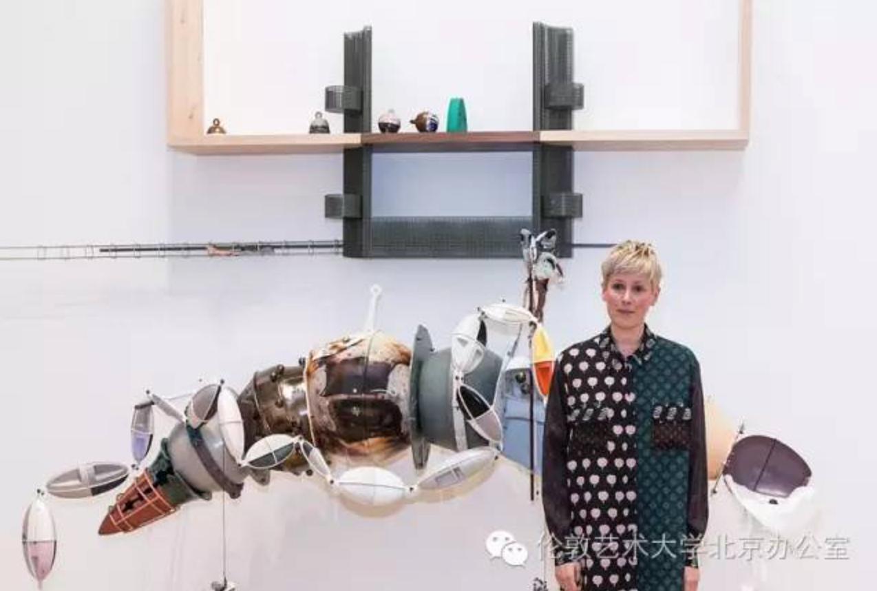 中央圣马丁校友海伦马腾获2016透纳奖
