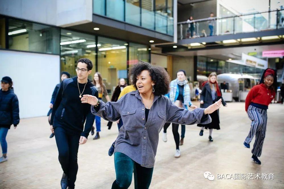 伦敦艺术大学申请
